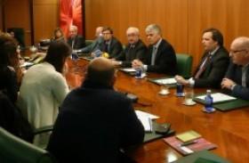 Cogersa y Caja Rural de Asturias ponen en marcha una experiencia piloto de recogida separada de plásticos de uso agrario